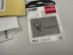 "Kingston SSD UV500 240GB 2.5"" SATAIII 3D NAND TLC (SUV500/240G) фото от покупателей 27"